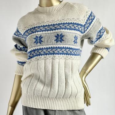 Shetland Wool Ski Sweater 1970's fits S - L Snowflakes by BeggarsBanquet