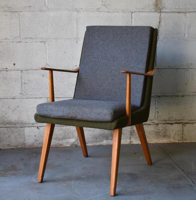 Mid Century Modern Lounge Chair / Armchair