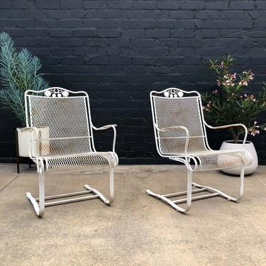 Mid-Century Modern Outdoor Patio Lounge Chairs by Woodard, c.1960's by VintageSupplyLA