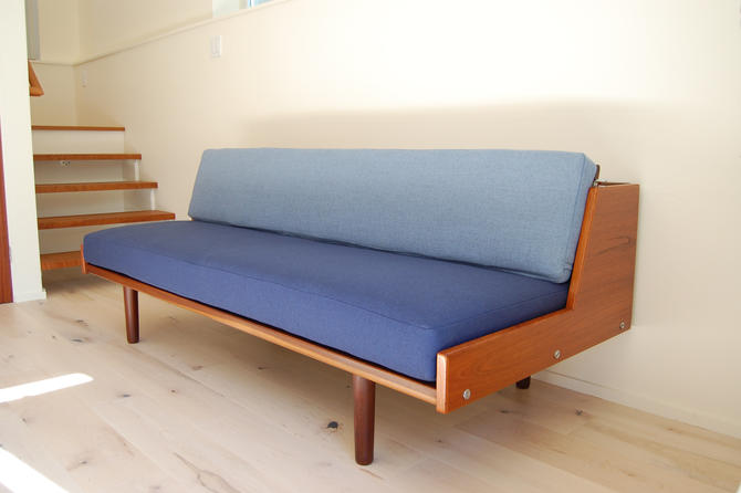 Danish Modern Hans Wegner Teak Daybed Model #9 for Getama Made in Denmark by MidCentury55
