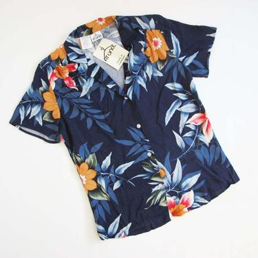 Vintage 70s Deadstock Tropical Print Shirt S - 1970s Womens Floral Camp Blouse - Hawaiian Tiki Shirt by MILKTEETHS