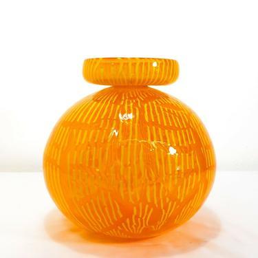 NANCY CALLAN (b. 1964) ART GLASS VASE, 2001, SCULPTURE Northwest Studio Artist