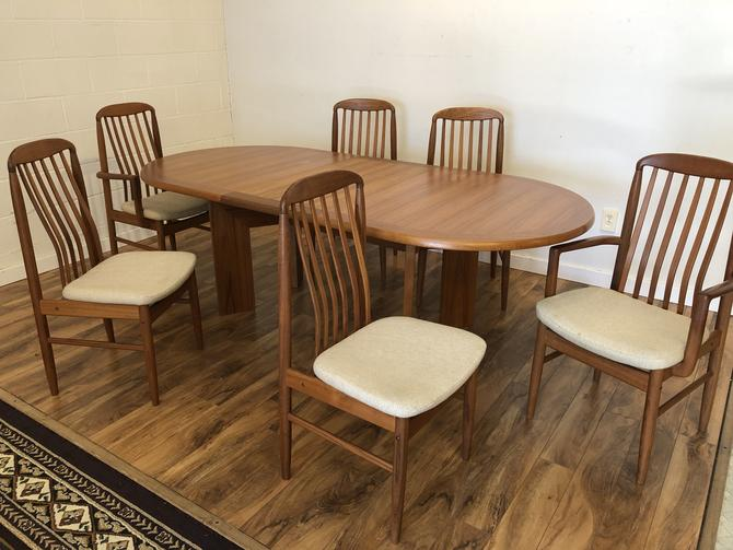 Skovby Teak Dining Table & 6 Benny Linden Chairs