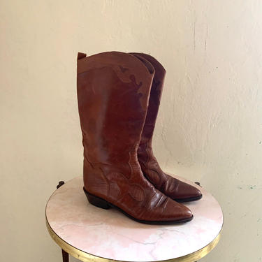 vintage brown cowboy boots // brown western boots //  size 40 shoe by HarlowsVintage