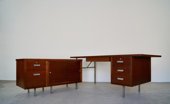 Monumental Original 1960's Mid-century Modern Executive L-Shaped Desk by Robert John For Knoll Refinished! by CyclicFurniture
