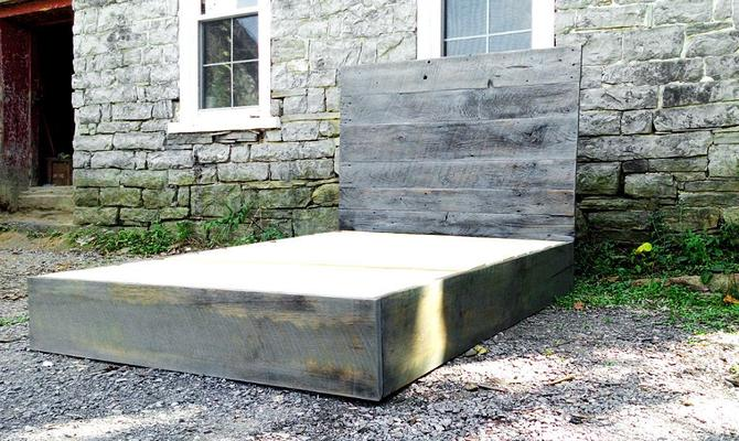 FREE SHIPPING! Modern Platform Bed in Weathered Grey Barn Wood by BarnWoodFurniture