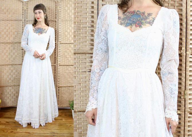 Vintage 70's Gunne Sax Wedding Dress / 1970's Bridal Gown / Lace / Women's Size Small by RubyThreadsVintage