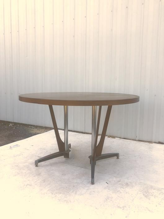 Mid Century Modern Laminate Dining Table & 2 Leafs