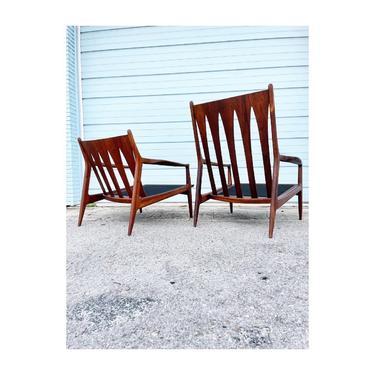 Milo Baughman Archie Lounge Arm Chairs Mid Century Modern - a Pair by FlipAtik