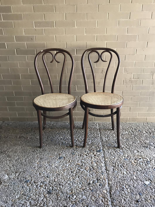 Pair of Vintage No. 18 Chair by Michael Thonet by UrbanInteriorsBalt