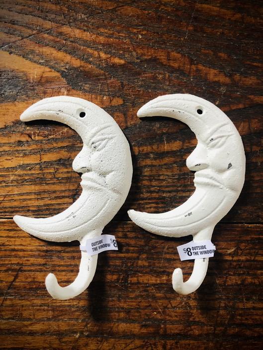 Moon Hook(s)
