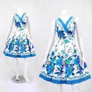 1960's Kamehameha Dress -  1960s Hawaiian Print Dress - 1960s Novelty Print Dress - Hibiscus Flower Dress - Vintage Tiki Dress | Size Small by VeraciousVintageCo