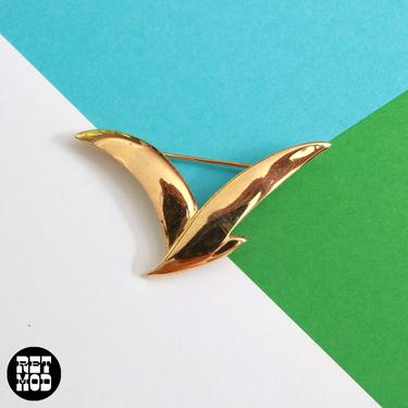 Iconic Vintage 70s Gold Seagull Bird Brooch by RETMOD