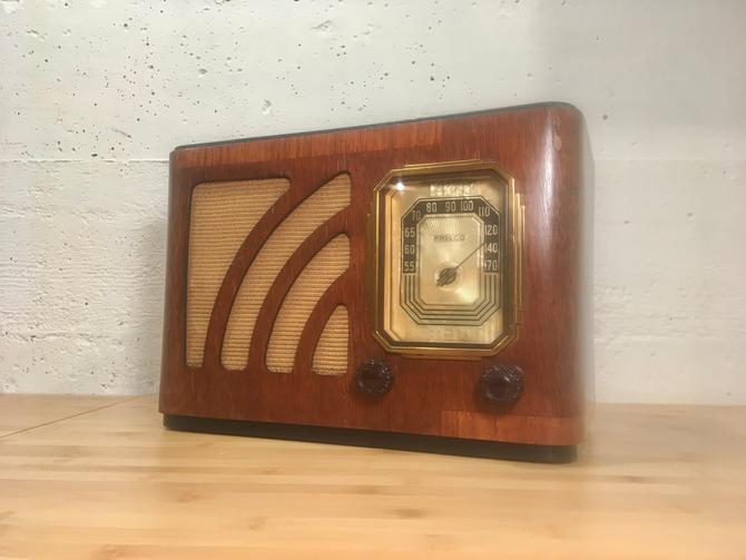 Restored 1938 Philco AM Table Radio 38-12 by Deco2Go