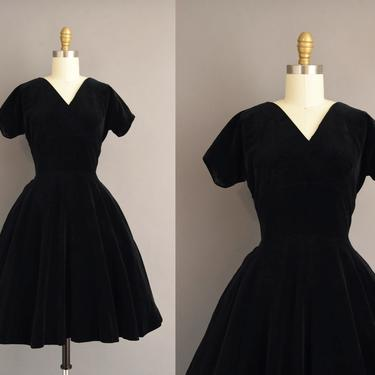 vintage 1950s dress | Gorgeous Jet Black Velvet Sweeping Full Skirt Holiday Cocktail Party Dress | Small | 50s vintage dress by simplicityisbliss