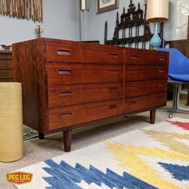 Danish Modern rosewood 8-drawer dresser by Poul Hundevad