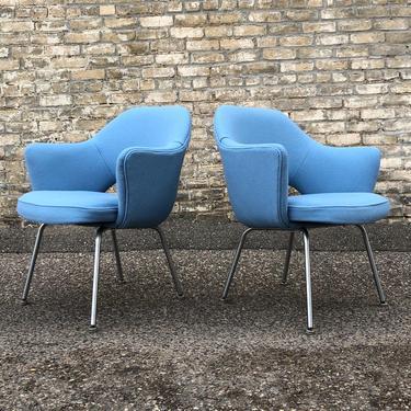 Eero Saarinen Executive Arm Chairs