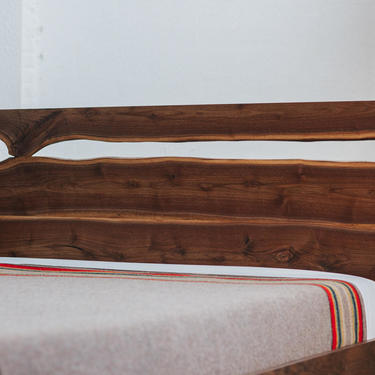 Live Edge Bed by MakersWoodworks