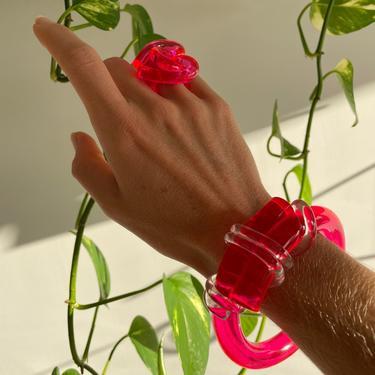 KNOT BANGLE, Pink Acrylic Bangle, Lucite Bangle, Acrylic Bangle, Acrylic Bracelet, Pink Bracelet, Pink Bangle, Breast Cancer Awareness, Pink by CHOFA