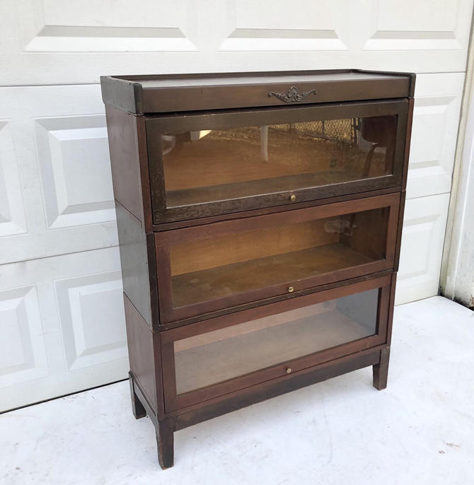Vintage Barrister Bookcase by Udell by secondhandstory