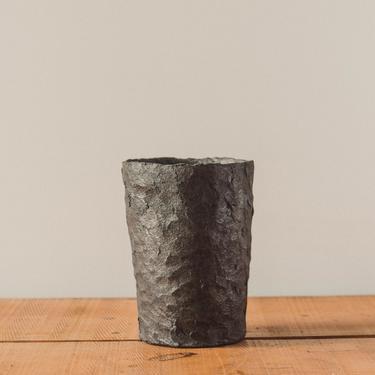 Jojo Corväiá Volcanic Pot, V-0551