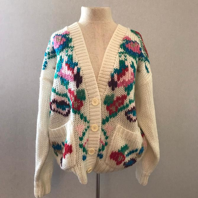 Vintage Hand Knit Floral Cardigan Sweater by citybone