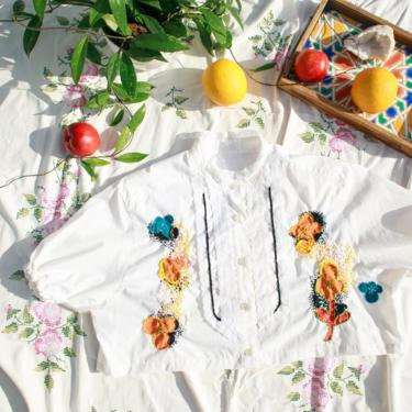 80s White Lace Colorful Hand Embroidered Crop Top Vintage Reworked Blouse by AppleBranchesVintage