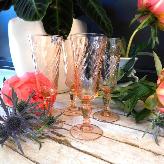 Vintage French Pink Beauty Champagne Glasses (set of 4)