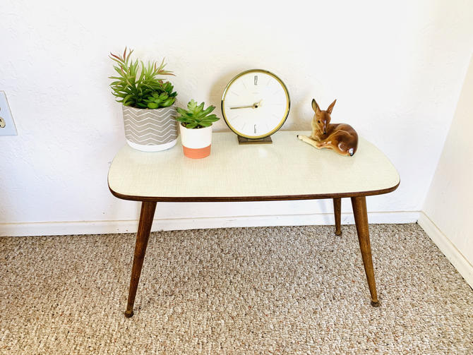 Mid Century Formica Table by dadacat