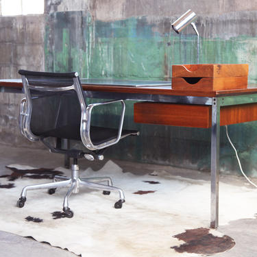 """STUNNING LARGE Mid Century Stow Davis """"Predictor"""" Line Reinoehl Teak Executive Desk Two-sided Finished back, Drawer + Lrg work surface MCM by CatchMyDriftVintage"""
