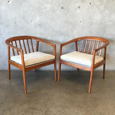 Mid Century Barrel Back Dux 448C Chairs