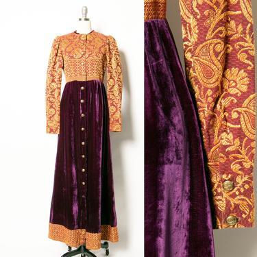 1970s Dress Velvet Tapestry Boho Maxi M by dejavintageboutique