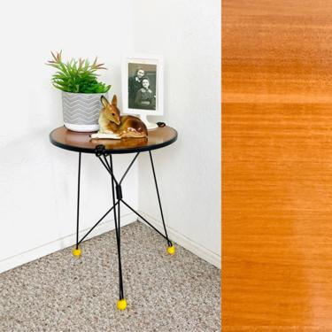 Mid Century String Table by dadacat