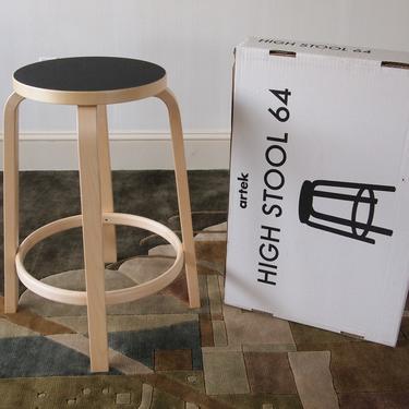 "4 Available: ARTEK Alvar AALTO STOOL 64, Black Linoleum, 25.5"" High, Counter Barstool Birch Bent Plywood, Mid-Century Modern eames knoll era by refugegallery"
