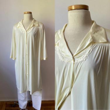 60s Cream Sleep Jacket by DiscoLaundryVintage