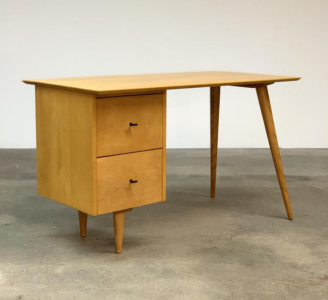 Paul McCobb Planner Group Desk by midcenTree