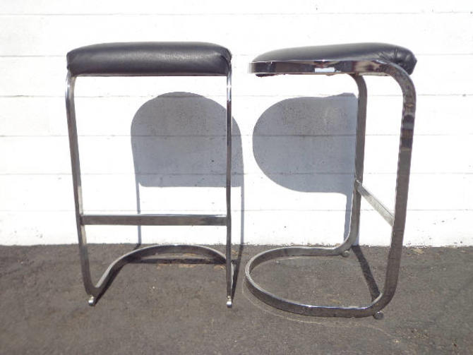 Fine Set Of 2 Bar Stools Chrome Black Milo Baughman Mid Century Caraccident5 Cool Chair Designs And Ideas Caraccident5Info