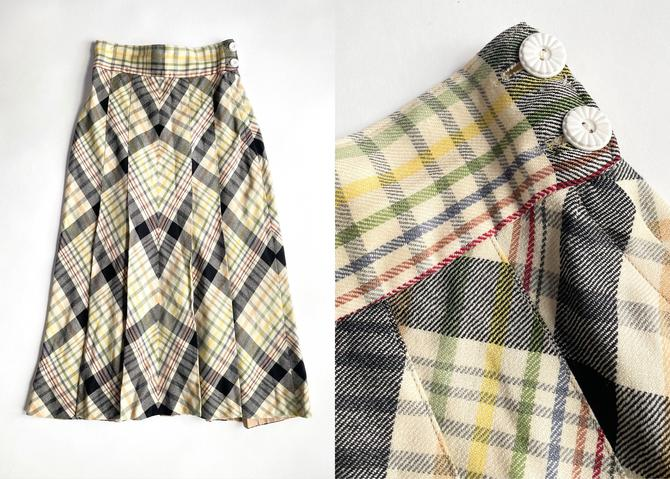 1940s Pleated Plaid Wool Flared Skirt by hemlockvintage