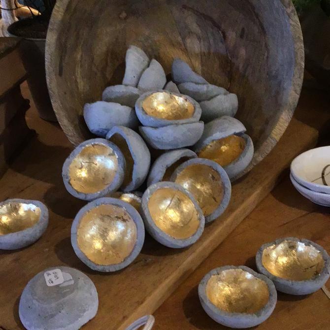 Gold and gray dish