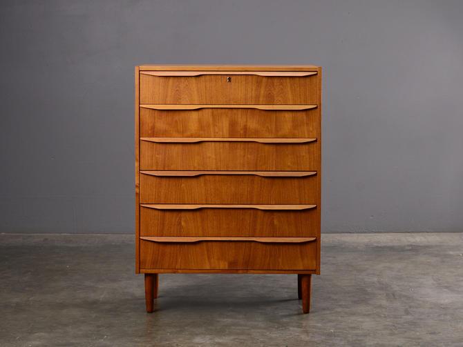 Mid Century Teak Chest of Drawers Dresser Teak by MadsenModern