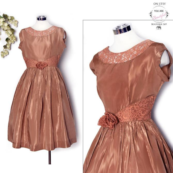 50's Brown Lace Vintage Prom Evening Dress Gown, Tulle Petticoat, Full Skirt Party Dress, Large Size, Medium 1950's, 1960's Bronze Tan by Boutique369