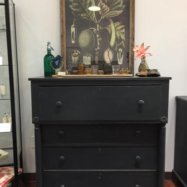 Empire Four Drawer Dresser