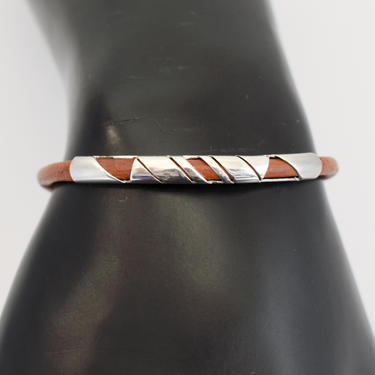 80's sterling brown leather edgy Modernist clasp bangle, handsome Mexico 925 silver abstract tubes on leather rocker stacking bracelet by BetseysBeauties
