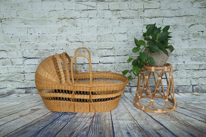 SHIPPING NOT FREE!!! Vintage Wicker Baby Basket/Bassinet with mattress by WorldofWicker