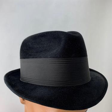 1950'S 60'S FEDORA - Black Beaver Felt - by BEAVER HATS - Tight Brim - Men's Size 7-1/8 by GabrielasVintage