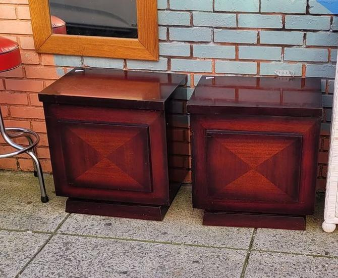 Cubic MSM End Tables / Night Stands
