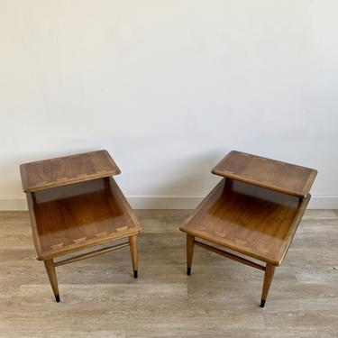 Pair of Mid Century Lane Acclaim End Tables / Nightstands