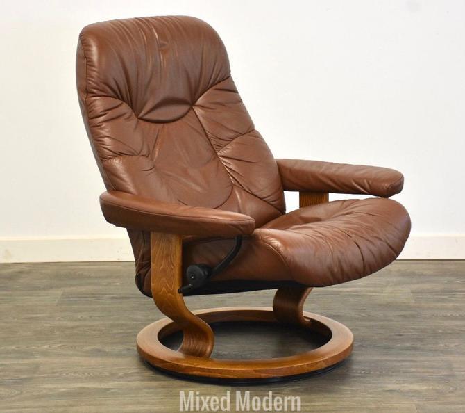Brown Ekornes Stressless Reclining Lounge Chair by mixedmodern1