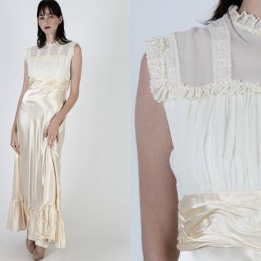 70s Cream Satin Dress / Classic Romantic Prairie Wedding Dress / Shiny Womens 1970s Deco Bridal Gown / Vintage Formal Lace Maxi Dress by americanarchive