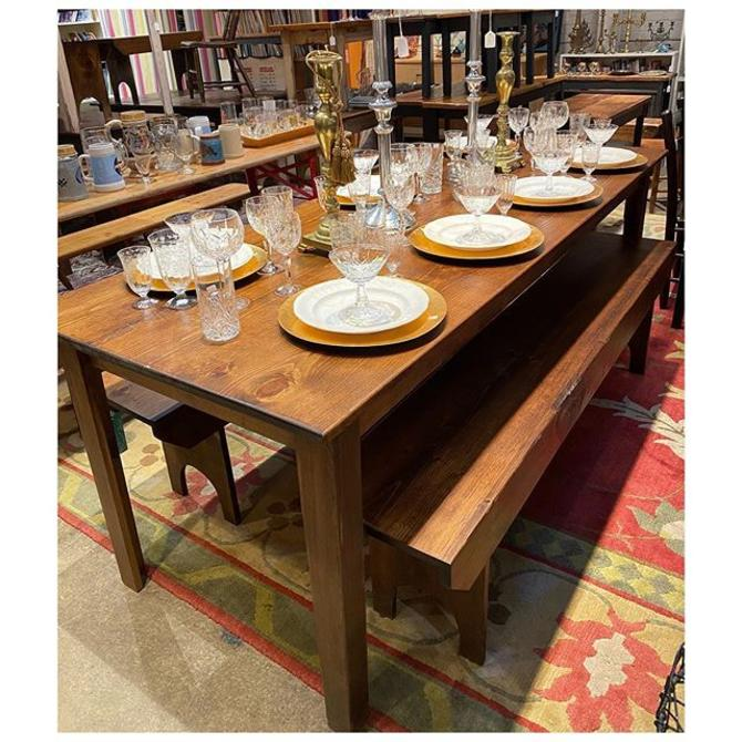 """7 foot Shenandoah pine dining table 7"""" foot long / 32.6"""" wide"""